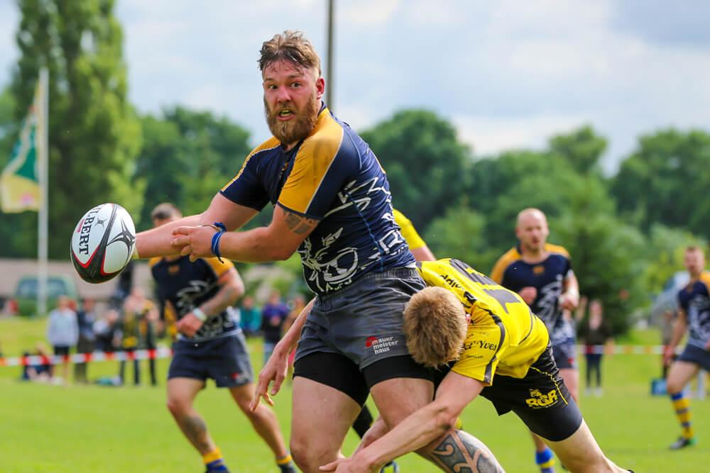 Kampf um den Ball beim Rugby