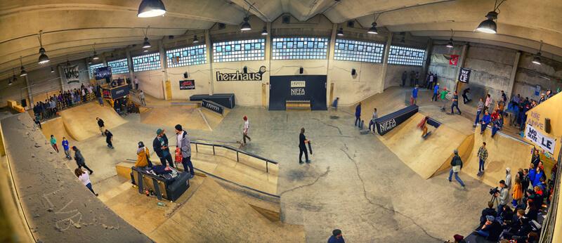 Skateboarder im Heizhaus Leipzig
