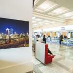 Ausstellung im Reisezentrum der Deutschen Bahn